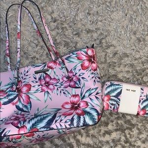 Nine West tote and wallet